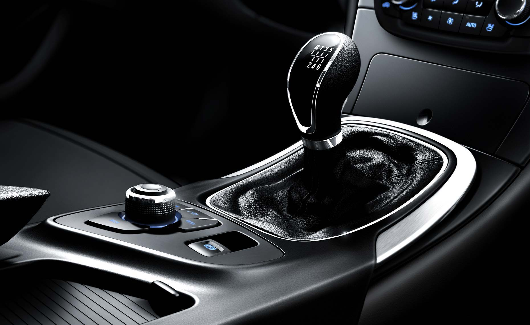 2011 buick regal-shifter detail.jpg