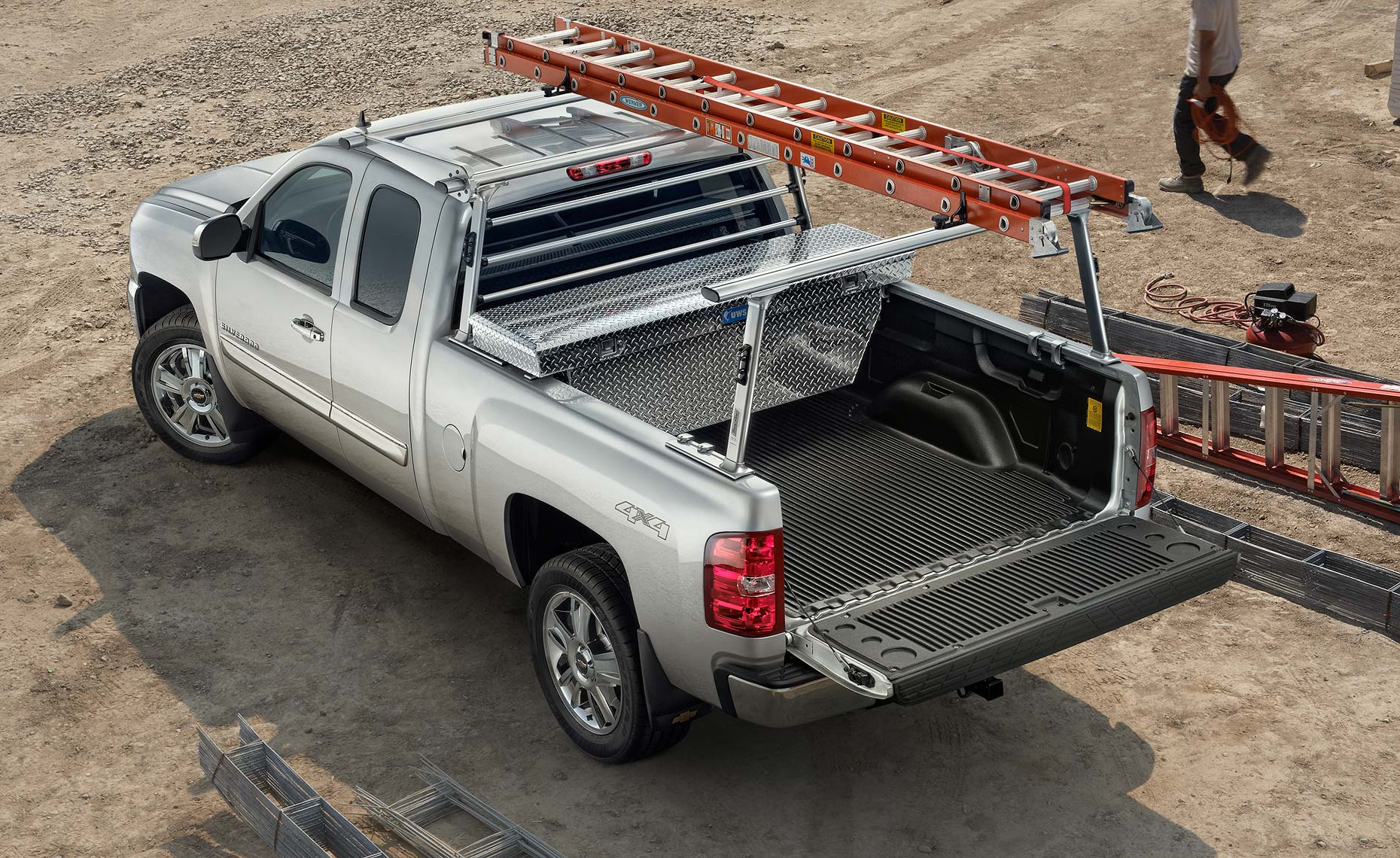 2013 chevy silverado-extended-ladders-work site.jpg