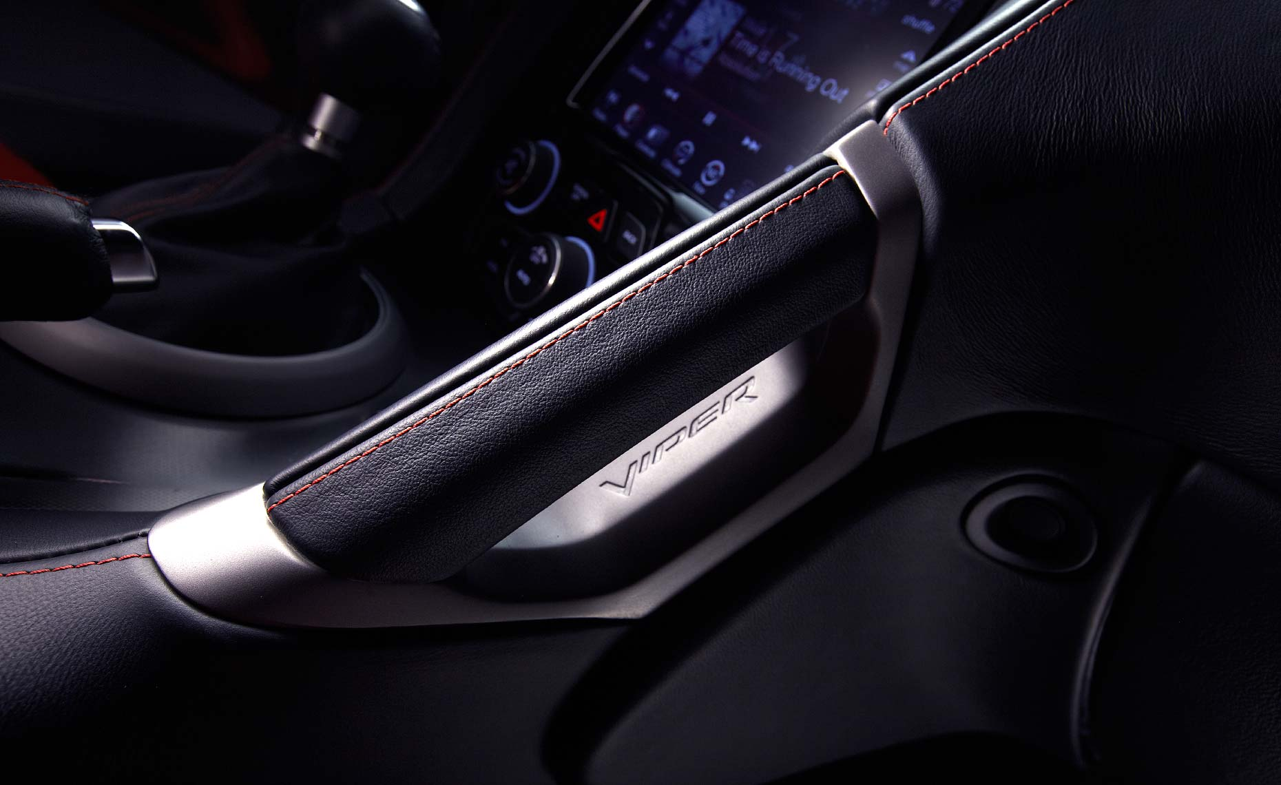 2013 viper srt-dash detail.jpg
