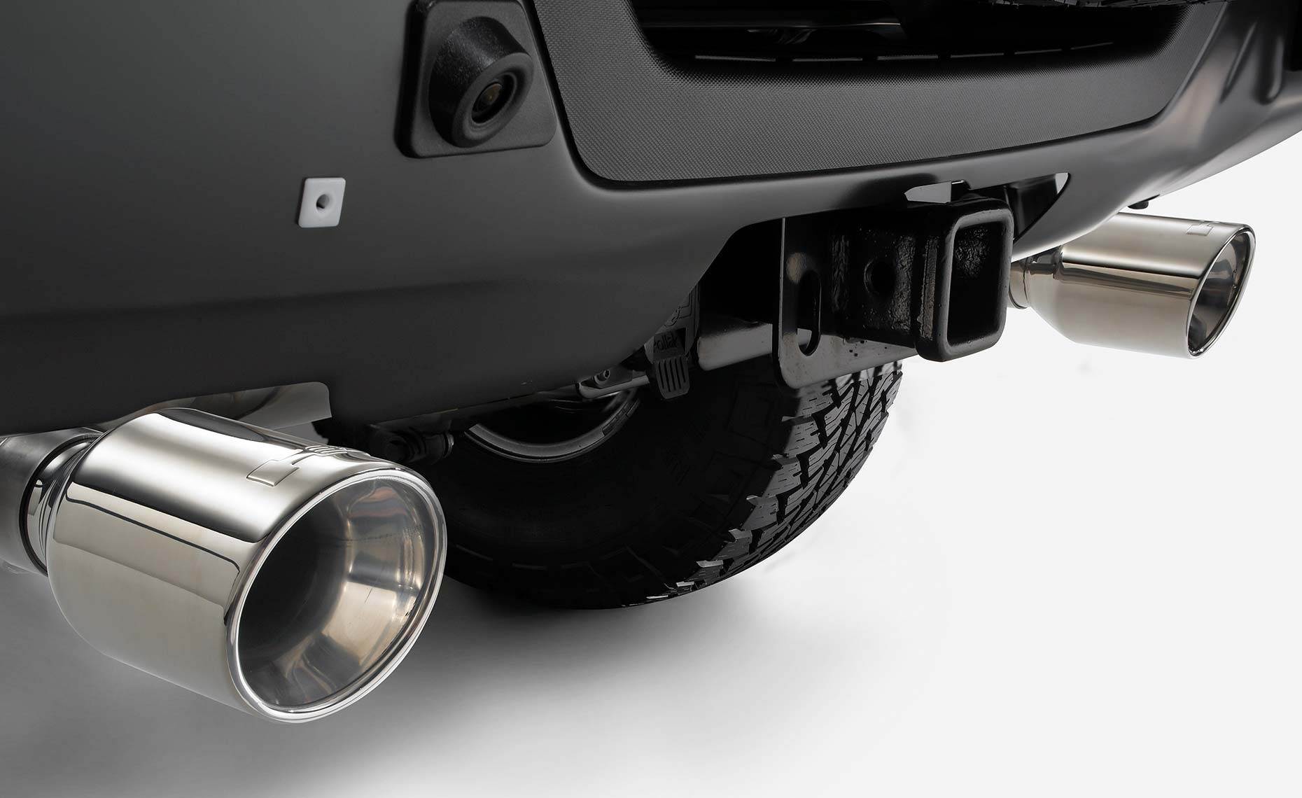 H3 hummer-chrome tailpipes.jpg