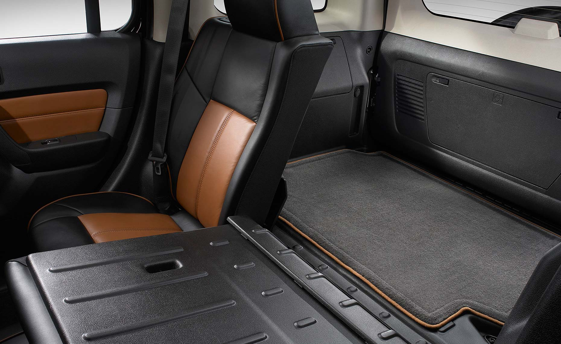 H3 hummer orange-60:40 seating-cargo space.jpg