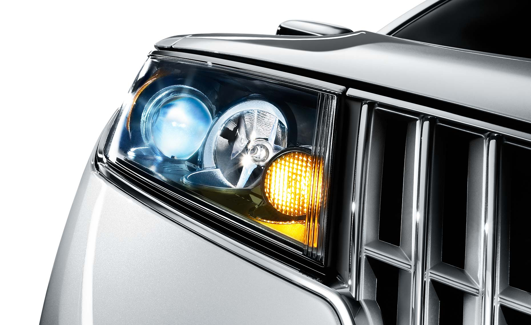 lincoln mks-headlight-grill-detail.jpg